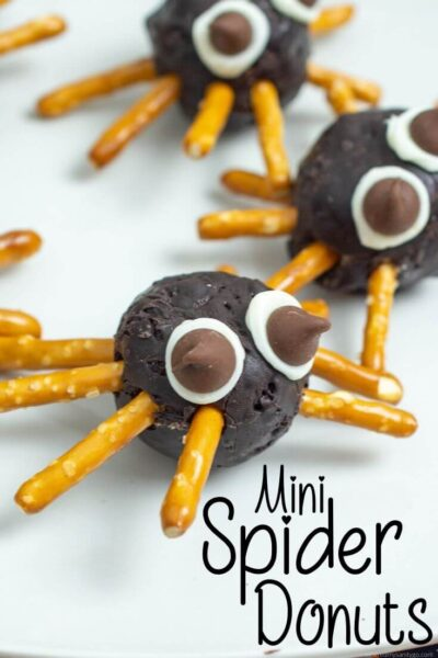spider donuts snack
