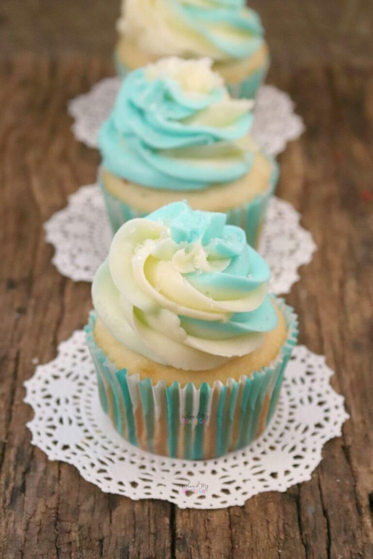 Vanilla Almond Cupcakes with Marshmallow Cream Cheese Frosting