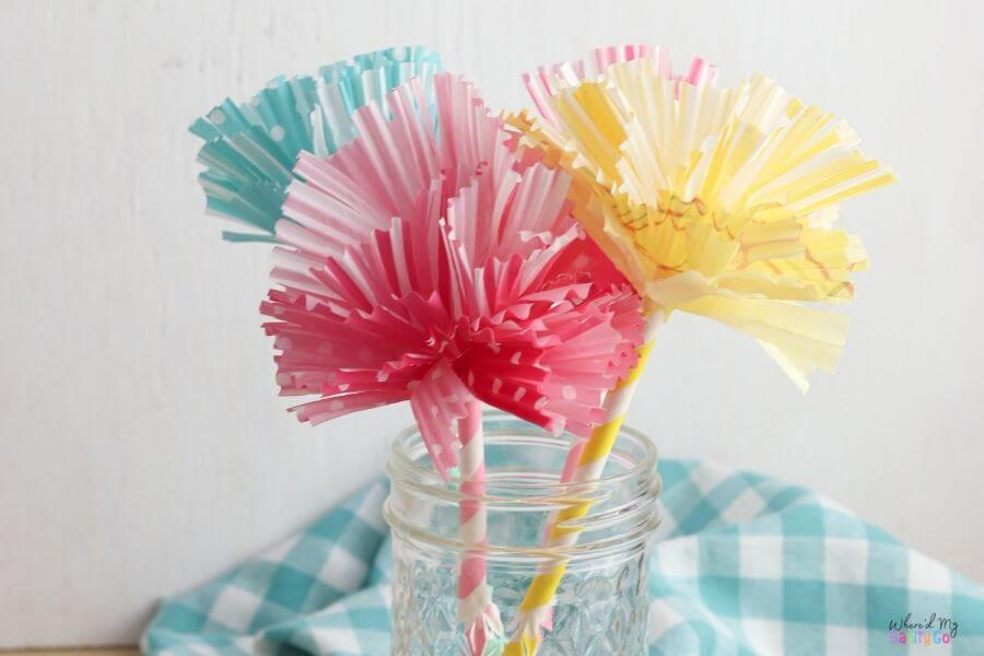 Easy DIY Paper Flowers Made from Cupcake Liners